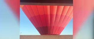 Hot air balloon lands in southwest Las Vegas neighborhood