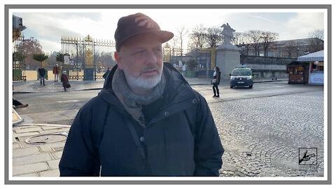 Schwer bewaffnet Polizei in Paris - 18. Dezember 2020
