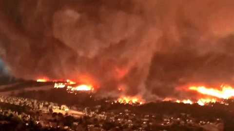 Hikers Capture HORRIFYING Footage Of What It's Like Driving Through A Wildfire
