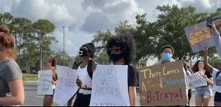 Protest held near Treasure Coast Square mall in Jensen Beach
