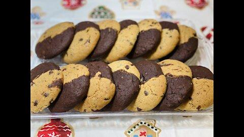 The Best Brownie Chocolate Chip Cookies | Holiday Cookies