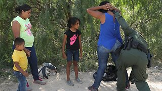 Study: Families Separated At Border Suffer Severe Psychological Trauma