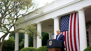 Trump leaves the White House with the Marine One and goes to several rallies!