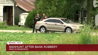 Residents asked to shelter in place in Oconomowoc as police search for armed bank robbery suspect