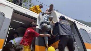 Train Crash In Taiwan Kills At Least 51