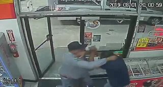 Suspect trashes convenience store, beats clerk