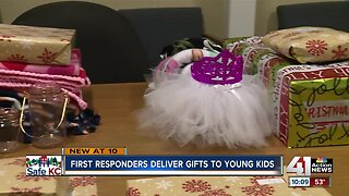 Parkville police bring early Christmas to local families