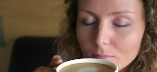 COVID patients try 'smell training' to help taste, smell return