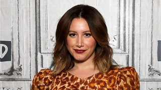 Ashley Tisdale: Breast Implants Removed
