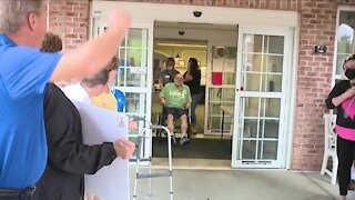 Father reunited with family on Father's Day after being hospitalized for seven months due to COVID-19