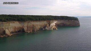 Massive cliff fell on Michigan's Lake Superior
