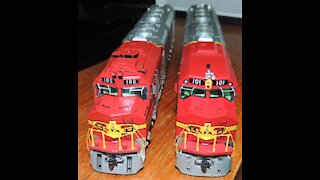 Santa Fe Ho Scale Model Trains Running