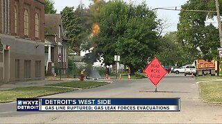 Homes evacuated after gas leak in southwest Detroit
