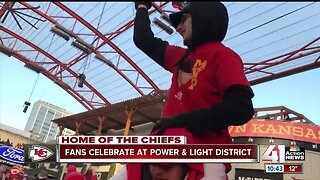 Chiefs fans celebrate historic win at Power & Light District