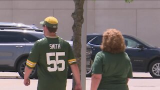 'Suck it up': Packers fans react to Aaron Rodgers' absence from mandatory minicamp