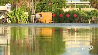 Days of heavy rain flood Boynton Beach neighborhood