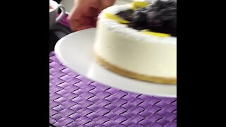 No-Bake Cheesecake with Blackberry Jam