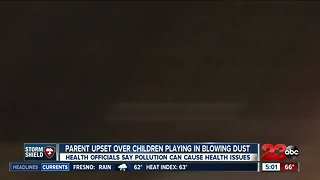 Parent outraged over students playing outside in blowing dust