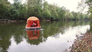 Med dette fantastiske teltet kan du campe på vannet!
