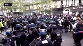 Massive Clash Between Rioters and Police in Paris