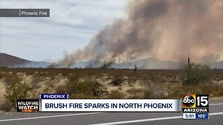 Brush fire sparks in North Phoenix