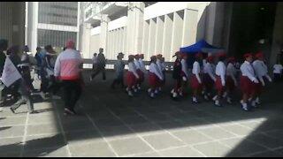 SOUTH AFRICA - Cape Town - World Peace Walk. (VIDEO) (k8d)