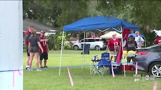 Bucs fans turn out by the thousands for season opener at Raymond James