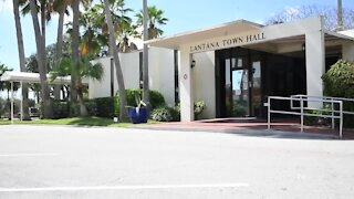 Lantana woman sues town over parking fines