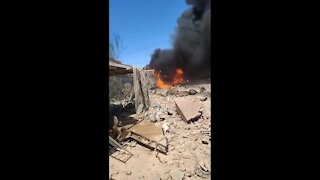 Video moments after plane crash connected to Nellis Air Force Base
