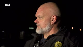 2 officers shot in Delafield, police search for suspect