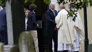 Catholic Bishops To Discuss Politicians, Communion At Spring Meeting