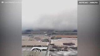 Drone mostra tempestade de neve invadindo o Canadá