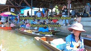 Damnoen Saduak Floating Market at Ratchaburi Province in Thailand