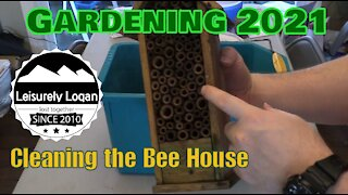 Cleaning the BAMBECO Bee House