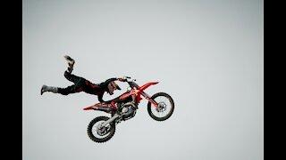 Amazing Stunt Video
