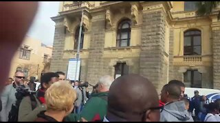 UPDATE 2: 'Elders' and ordinary citizens march in Cape Town in honour of Mandela (V6w)