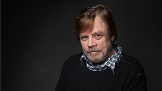 Mark Hamill Suggests Giving Donald Trump's Hollywood Star To Carrie Fisher