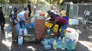 SOUTH AFRICA - Cape Town - Newlands spring water collection point (Video) (cRK)