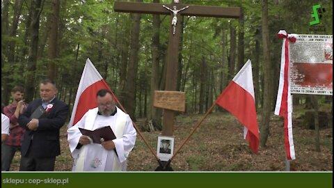 Jawornik Ruski - upamiętnienie 14 żołnierzy Wojska Polskiego zamordowanych przez bandę UPA 24.7.1946
