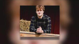 Kenston High School senior dies in car crash