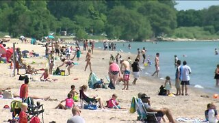 Health officials warn of COVID-19 risk ahead of holiday weekend