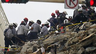 Officials Seek Federal Assistance For Rescue Effort In Condo Collapse
