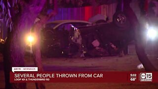 Several people thrown during crash on Loop 1010 and Thunderbird
