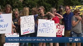 Lee's Summit teacher accused of using racial slur receives community support