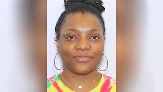 Mother arrested for allegedly abandoning child on Las Vegas Strip