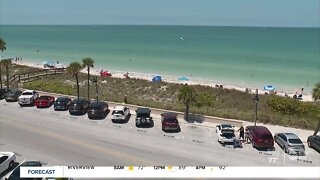 Pinellas County officials gear up for a packed Memorial Day weekend, relaunch beach capacity tracker