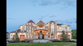 INSIDE A $1,000,000 HOME IN CANADA 🇨🇦