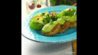 Quinoa patties with avocado dressing