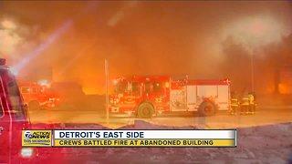 Detroit fire crews battle large fire at abandoned building