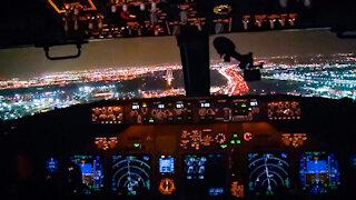 Boeing 737-800 Night Landing in Toronto